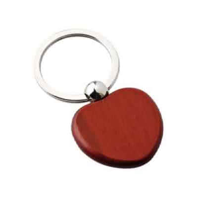 Porte clés en bois cœur